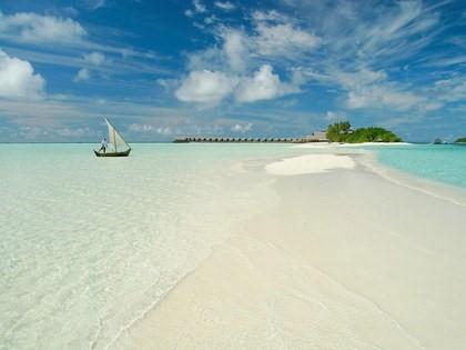 Les Maldives, Cocoa Island Beach